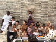 Οι κόρες των Kardashians μεγαλώνουν σαν αδέρφια και είναι οι επόμενες celebrities (φωτο)