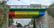 Μια γέφυρα που μοιάζει φτιαγμένη από Lego