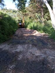 Πάτρα - Καθαρίστηκε ο δρόμος στην Κοινότητα Θέας, που είχε μετατραπεί σε ρέμα (φωτο)