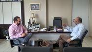 Δυτική Ελλάδα: Συνάντηση Απόστολου Κατσιφάρα - Νεκτάριου Φαρμάκη στην Περιφέρεια