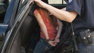 Συνελήφθη 25χρονη στη Ναύπακτο για καταδικαστική απόφαση