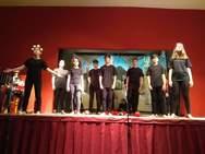 Οι μαθητές του 9ου Γυμνασίου Πατρών ανέβασαν την παράσταση 'Πέρσες' του Αισχύλου! (φωτο)