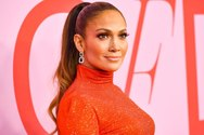 H Jennifer Lopez μας δείχνει όλα όσα γίνονται στα backstage της περιοδείας της (video)