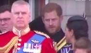 Η 'εντολή' του πρίγκιπα Χάρι στη Μέγκαν Μαρκλ και η αμηχανία (video)