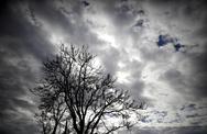 Σε κλίμα τροπικό: Μπουρίνια και καύσωνας στην Πάτρα - Δείτε πίνακες