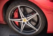 Οι Ferrari του Passione Rossa στην Πάτρα από ψηλά (video)