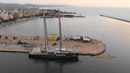 Το 'Rainbow Warrior' κέρδισε τους Πατρινούς - Το καράβι της Greenpeace 'σάλπαρε' για Κέρκυρα (pics+video)