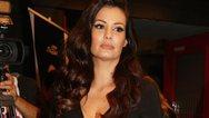 Η Μαρία Κορινθίου ποζάρει με μαύρα εσώρουχα (φωτο)