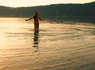 'Θέλω να χορεύω' με την Πατρινή Νίνα Λοτσάρη πιο σέξι και γοητευτική από ποτέ! (video)