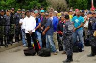 Βενεζουέλα: Απελάθηκαν 50 Κολομβιανοί μετά από τρία χρόνια 'ομηρίας'