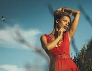 To μπούστο της Ελισάβετ Δοβλιατίδου ανάβει 'φωτιές' (φωτο)