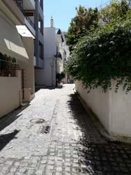 Πάτρα - Βόλτα στους μικρούς πεζόδρομους της Σατωβριάνδου και της Σίφνου (φωτο)
