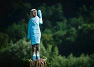 Έφτιαξαν νέο άγαλμα της Μελάνια Τραμπ στη Σλοβενία (φωτο+video)