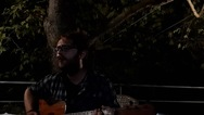 Unplugged σειρά τραγουδιών, έτσι όπως 'γεννήθηκε' από τον Βασίλη Ράλλη (video)
