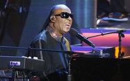 Ο Stevie Wonder θα υποβληθεί σε μεταμόσχευση ήπατος