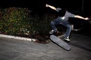 Οι skaters στην Πάτρα δεν έχουν 'haters' και η νύχτα τους ανήκει - Δείτε βίντεο