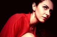 Η Sugar Jo έχει εμπρηστικές διαθέσεις και βάζει φωτιά με τη μουσική της (video)