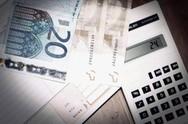 Μείωση 'ανάσα' για μικροοφειλέτες στη ρύθμιση των 120 δόσεων