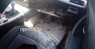 Ναύπακτος: Αυτοκίνητο έπιασε φωτιά στο κέντρο της πόλης