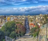 8+1 λόγοι που καθιστούν τις Σκάλες της Αγίου Νικολάου, ένα ξεχωριστό σημείο της Πάτρας!
