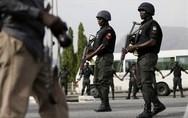 Νιγηρία: Ένοπλοι σκότωσαν δεκάδες άτομα σε χωριό