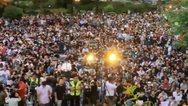 Χονγκ Κονγκ: Για πρώτη φορά χιλιάδες δημόσιοι υπάλληλοι σε διαδήλωση