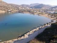Στη Σύρο η πρώτη παραλία με δικό της εξωτερικό απινιδωτή