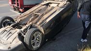 Πάτρα: Τροχαίο με εκτροπή αυτοκίνητου - Απεγκλωβίστηκε ένα άτομο