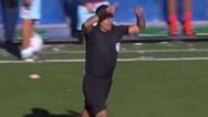 Διαιτητής έδωσε πέναλτι με VAR, που όμως δεν υπήρχε στο γήπεδο (video)