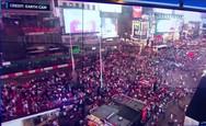 Times Square: Πλήθος έτρεχε πανικόβλητο γιατί πέρασε κρότο εξάτμισης για πυροβολισμό (video)