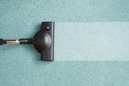 6 πράγματα που δεν πρέπει να καθαρίσεις ποτέ με ηλεκτρική σκούπα