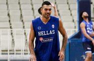 Μουντομπάσκετ - Μήνυμα επιστροφής από τον Σλούκα