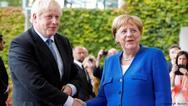 Μέρκελ και Τζόνσον κρατούν κλειστή την πόρτα της G7 στη Ρωσία