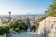 Αφιέρωμα στην Πάτρα, 'στην πόλη που ξυπνάει από την απονεύρωσή της'!