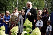 Πολωνία: Προβάδισμα του κυβερνώντος κόμματος PiS ενόψει των εκλογών του Οκτωβρίου