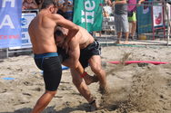 Beach Wrestling: Η ώρα των 'δυνατών' στην Πάτρα
