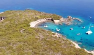 Εναέριο ταξίδι πάνω από το νησί Φορμίκουλα (video)