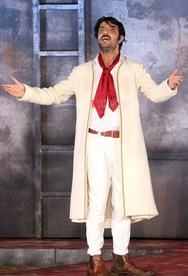 Νίκος Κουρής: «Η Πάτρα έχει μια αγάπη μεγάλη στο θέατρο»