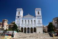 Πανηγυρίζει ο ναός της Παντάνασσας στην Πάτρα και υποδέχεται πλήθος πιστών