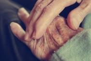 15χρονος χτύπησε την 89χρονη γιαγιά του σε χωριό του Αγρινίου