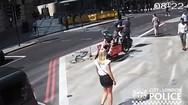 Οξύθυμος ποδηλάτης έριξε κουτουλιά σε πεζό (video)