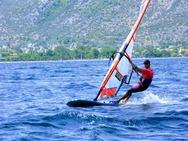 Α.Ι.Ο.Ρ. ΙΑΣΟΝ: Διεθνής διάκριση για τον Φάνη Πολυχρονόπουλου της κλάσης Formula Windsurfing