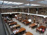 Σε εξέλιξη οι εργασίες μόνωσης της στέγης του κτιρίου της Δημοτικής Βιβλιοθήκης Πατρών