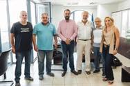 Πάτρα: Τα μέλη του συλλόγου Καλών Τεχνών 'Κωστής Παλαμάς' συναντήθηκαν με τον Νεκτάριο Φαρμάκη