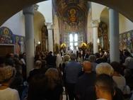 Πάτρα - Πλήθος κόσμου στην κηδεία της Μαρίας Καραχάλιου (φωτο)