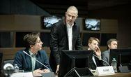 'Ενήλικοι στην Αίθουσα' - Η πολυαναμενόμενη ταινία του Κώστα Γαβρά έρχεται στους κινηματογράφους