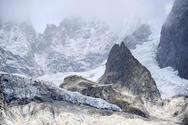 Άλπεις: Καταρρέει παγετώνας στο Mont Blanc (φωτο)