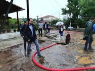 Ο Νεκτάριος Φαρμάκης επισκέφθηκε τις πληγείσες περιοχές της Αιτωλοακαρνανίας (φωτο)