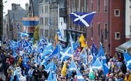 Μεγάλη διαδήλωση στη Σκωτία υπέρ της ανεξαρτησίας