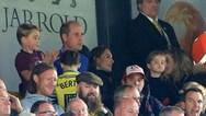 Ο πρίγκιπας Τζορτζ πήγε για πρώτη φορά στο γήπεδο (video)